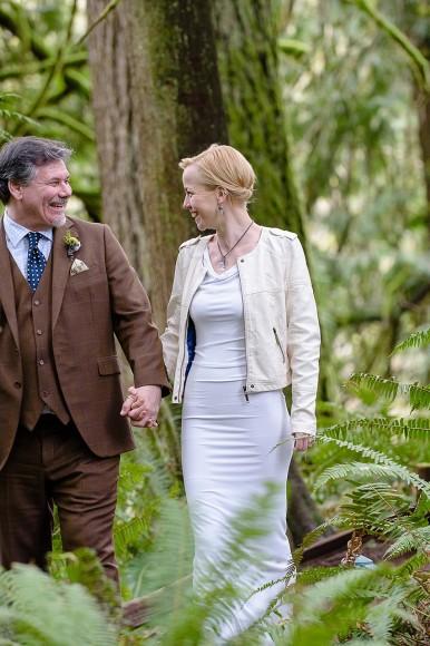Irish German Elopement wedding in the trees